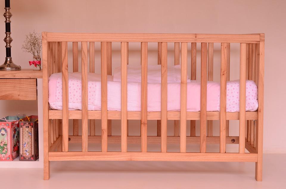 babybett auf rechnung kaufen alle shops mit rechnungskauf. Black Bedroom Furniture Sets. Home Design Ideas